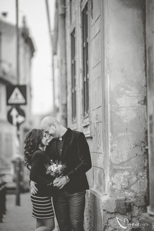 anca si edi sesiune foto de logodna brasov mihai trofin fotograf nunta brasov fotograf nunta piatra neamt fotograf bucuresti  www.mihaitrofin.ro (1)